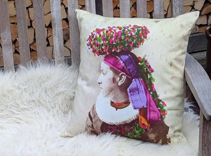 Kissen Motiv Frieda - Kollektion Tradition