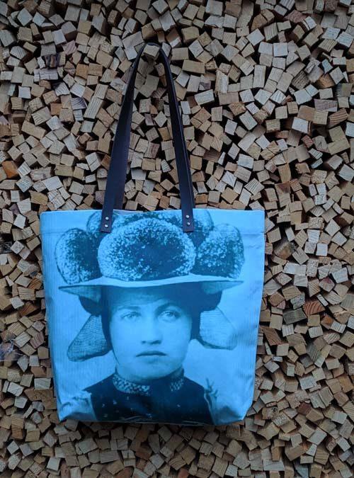 Schopper Motiv Bollenhut grün - Kollektion Tradition