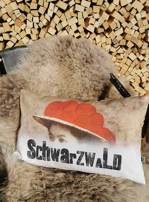Kissen Motiv Anna Schwarzwald klein - Kollektion Tradition