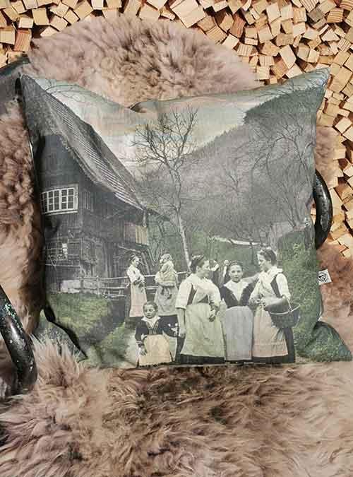 Kissen Motiv Frauentratsch - Kollektion Tradition